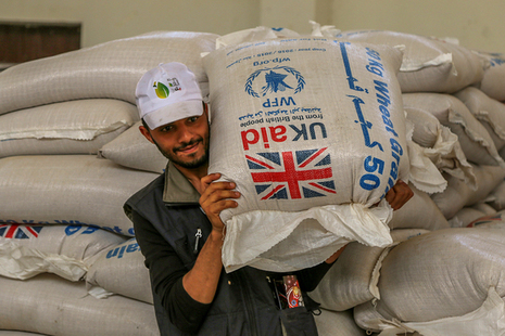 Food distribution. Picture: WFP/Ahmed Basha
