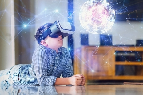 Picture of a child with virtual reality glasses