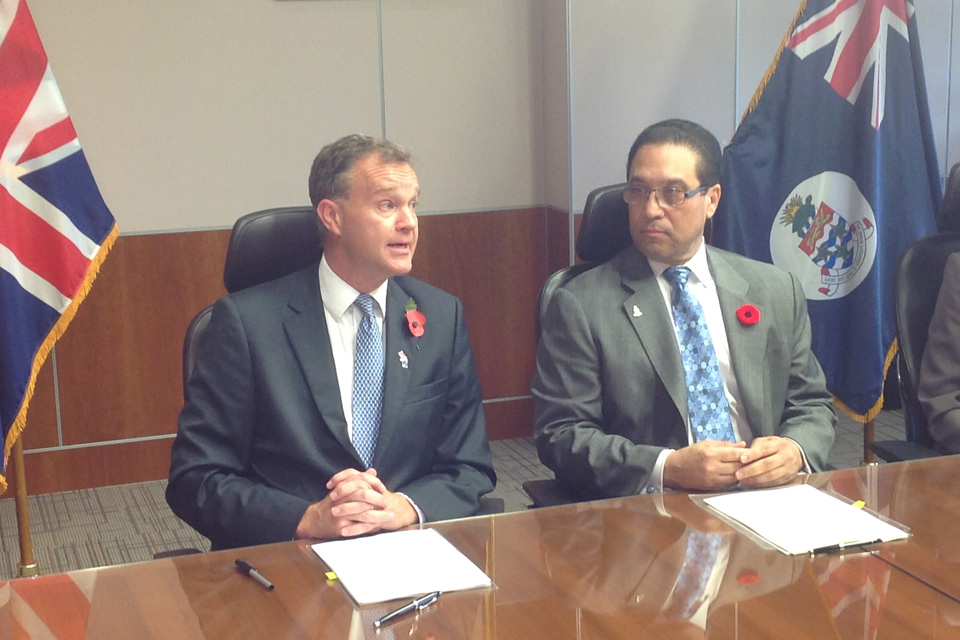Minister Mark Simmonds and Cayman Premier Alden McLaughlin