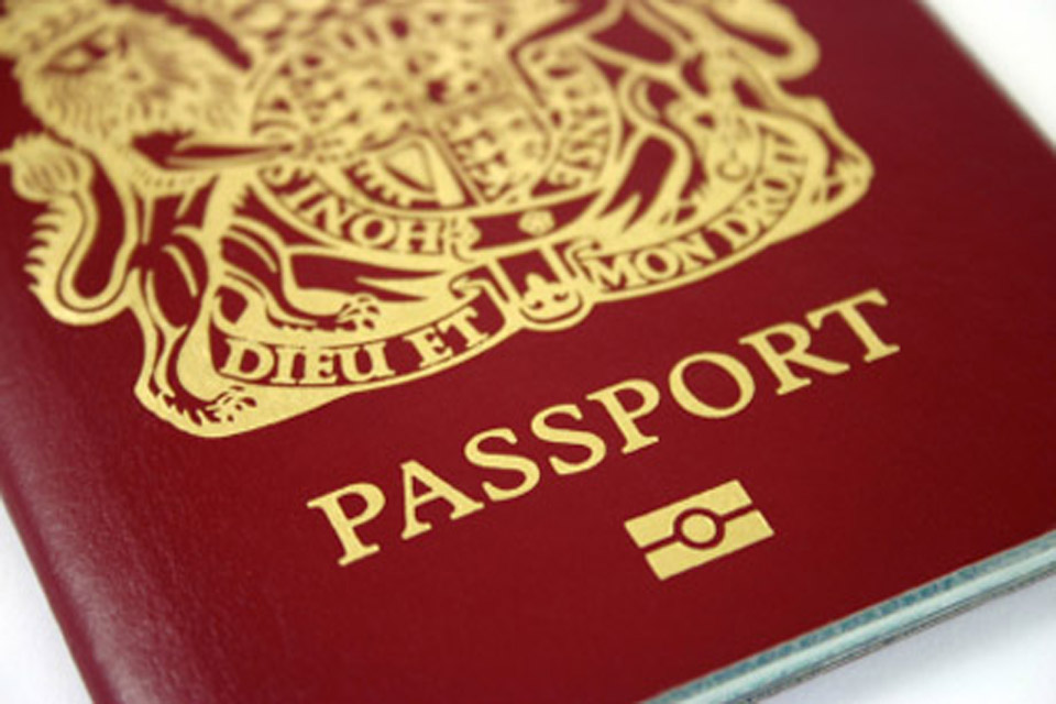 Reduction in passport fees for UK citizens overseas