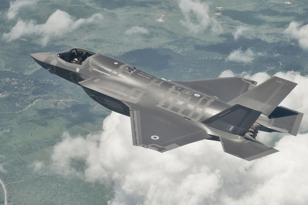 Read: F-35 Lightning II jet to make maiden British flight