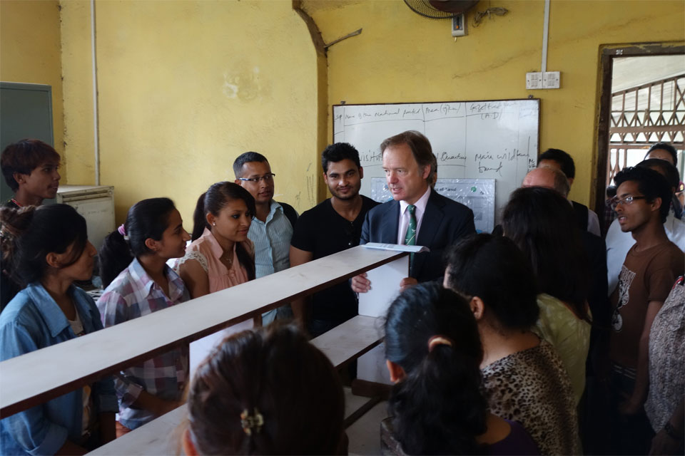 The Rt Hon Hugo Swire MP, Minister of State at the Foreign and Commonwealth Office, meets with students of Tri-Chandra Campus after delivering a speech on UK-Nepal relations.
