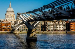 Millenium Bridge by Ben Cremin https://www.flickr.com/photos/bencremin/ creative commons license