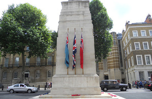 Gallipoli 100 and Anzac Day commemorated at the Cenotaph