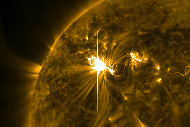 Solar Flare Sends 'shockwaves' on The Sun (Credit: NASA-SDO-AIA/CC BY 2.0)