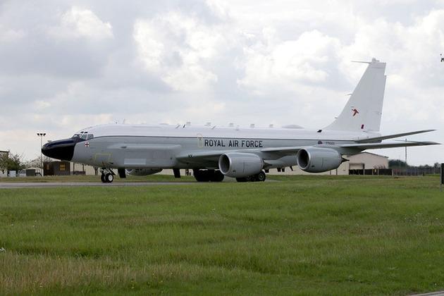Airseeker arrives at RAF Mildenhall
