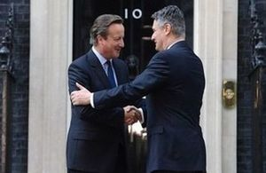 PM Cameron met Croatian PM Milanović in London