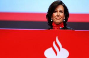 Ana Botín, presidenta ejecutiva del Banco Santander, recibe la nominación honoraria de Dama Comandante de la Orden del Imperio Británico