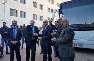 وزارة التنمية الدولية البريطانية تتبرع بحافلات لوزارة الصحة