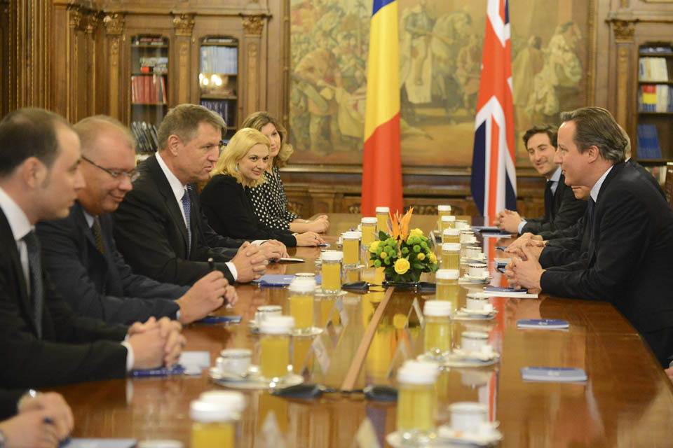 Prime Minister David Cameron meeting with President Iohannis of Romania.