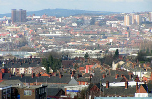 View of Hanley City From Glebe Hill in Fenton (credit: Mike Shields/CC BY-SA 2.0)