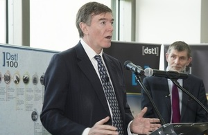 MinDP Philip Dunne with Dstl CE Jonathan Lyle