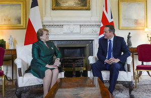 Prime Minister David Cameron and President Michelle Bachelet.