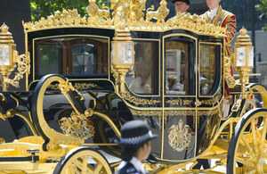 The Queen's coach (Credit: Number 10/Robert Thom - CC BY-NC-ND 2.0)