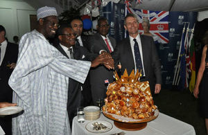 Cutting of the cake with members of Government