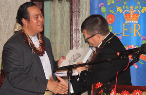 High Commissioner presents HRH The Crown Prince of Tonga with a gift