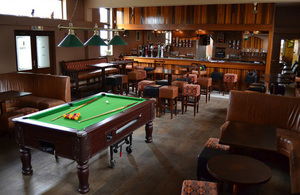 Pub with a pool table (CC0 1.0)