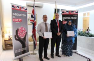 British High Commissioner David Campbell presented Azizul Azri Haji Majit and Khairunnisa Ash'ari with certificates