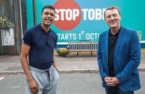 Chris Kamara and Phil Tufnell promoting Stoptober 2016.