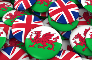Badges with Welsh flag and Union Jack on them