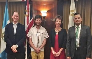 Federico Tefel (Centrarse), Francois Valleys, Carolyn Davidson, Juan Pablo Morataya (Centrarse)
