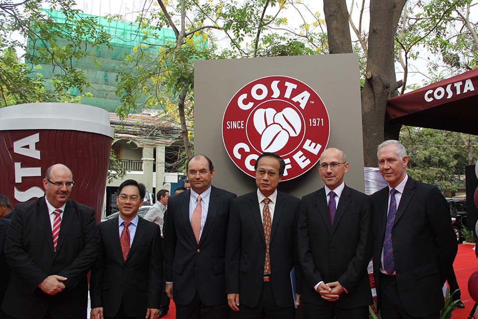 Ambassador Mark Gooding at the launch of Costa Coffee in Phnom Penh.