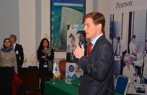 السفير البريطاني جون كاسن