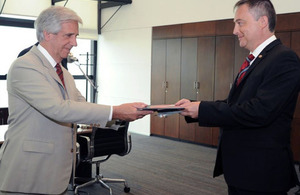 Ambassador Ian Duddy presented his diplomatic credentials to president Tabaré Vázquez.
