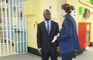 Prisons minister visits staff at HMP YOI Winchester