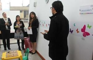 La sección consular avanza con su programa de valoración de servicios locales para asistir a víctimas de violencia de género
