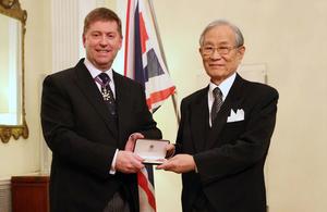 理化学研究所理事長 松本紘教授に名誉大英勲章OBE