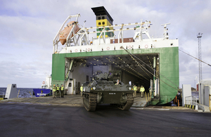 UK armoured vehicles arrive in Estonia