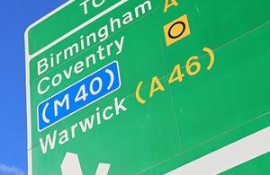 Traffic sign to motorway