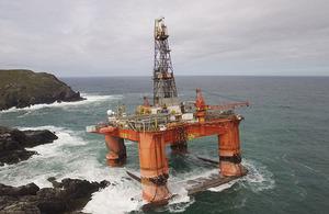 Semi-submersible rig Transocean Winner aground