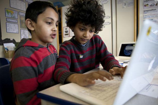 Children using a laptop