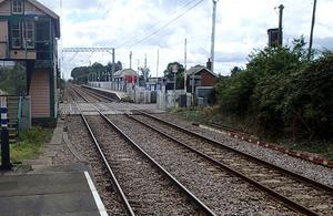 Magdalen Road crossing and signal box, viewed from Watlington station