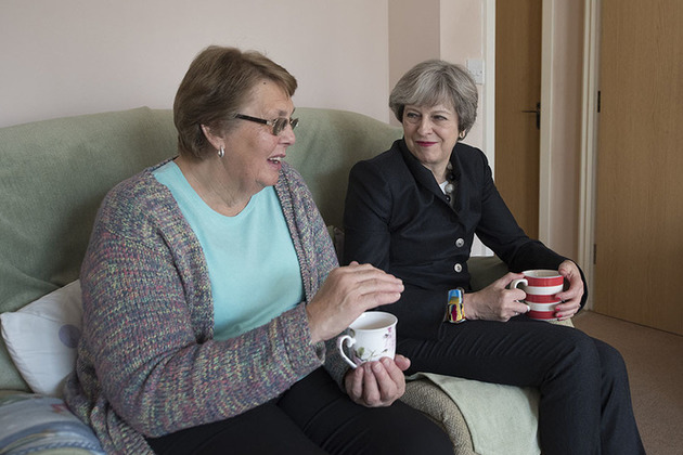 PM on housing visit