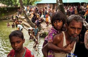 Alistair Burt visits Bangladesh