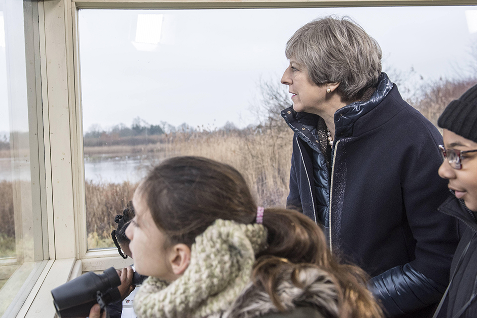 Prime Minister visits London Wetlands Centre