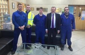 David Mundell meets apprentices and Mitsubishi Electric