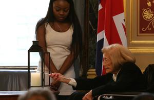 Britain honours its Holocaust heroes