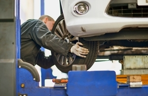 MOT tester carrying out a test