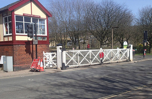 Ramsbottom station level crossing