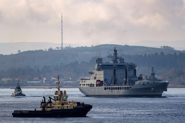 RFA Tidespring on the Clyde arriving at HMNB Clyde. Crown copyright.