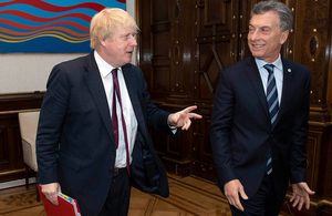 FS Johnson meets with President Macri.
