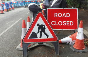 Picture of roadworks sign.