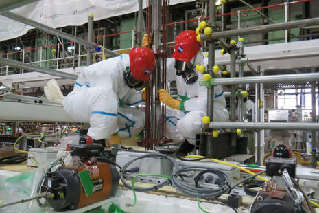 Teams from Sellafield Ltd and supply chain companies recently transferred the first batch of radioactive liquor using a network of heavily shielded pipes