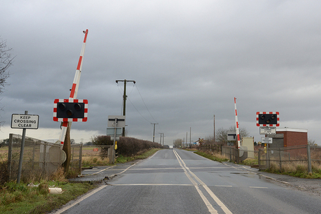 Image of Stainforth Road AHB level crossing (courtesy of the British Transport Police) taken from the direction of the motorist's approach; the train was travelling from right to left.