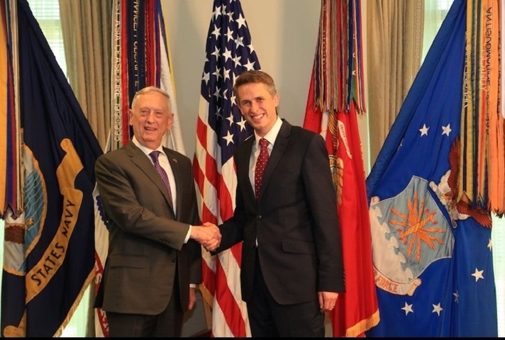 Defence Secretary Gavin Williamson with US Secretary of Defense Jim Mattis at the Pentagon.