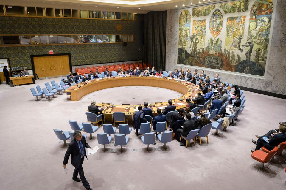 Wide view of the Security Council meeting on on corruption and conflict